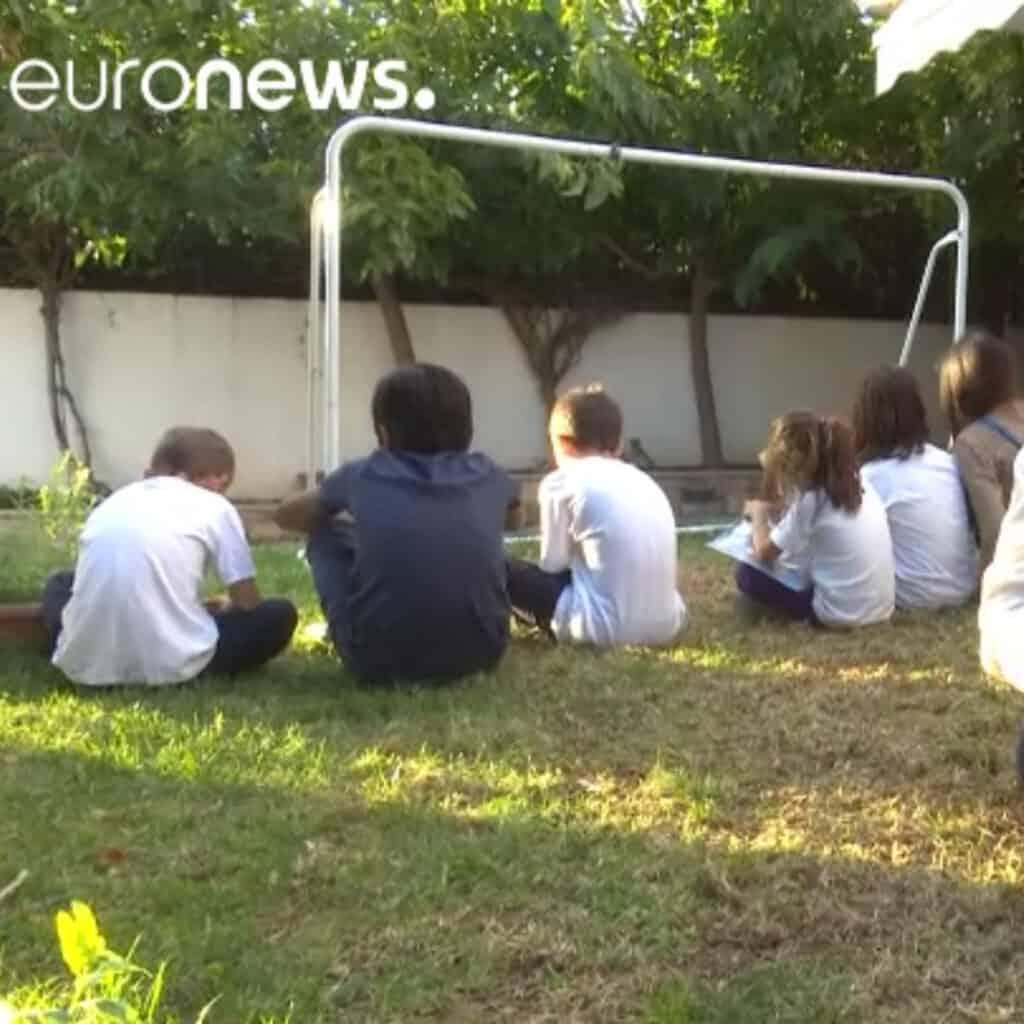 Metadrasi - euronews foster
