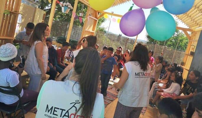 Metadrasi - metadrasi chios education b